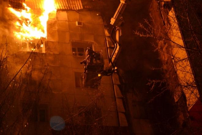 Пожар вжилой девятиэтажке Тюмени ликвидирован