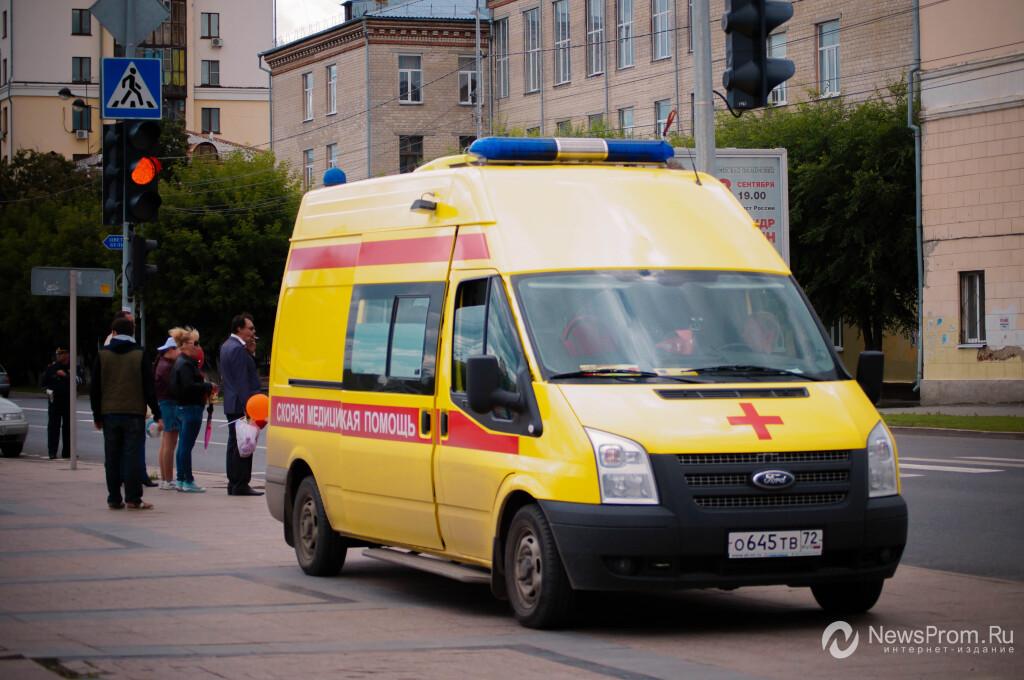 Тюменские мед. работники спасли истекающего кровью подростка