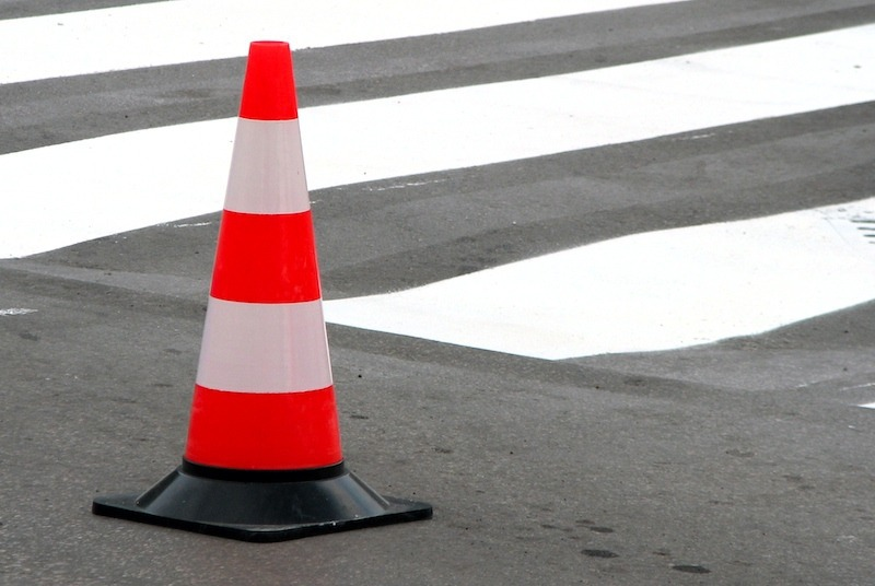 Водителя, насмерть сбившего пешехода под Тобольском, разыскивает ГИБДД