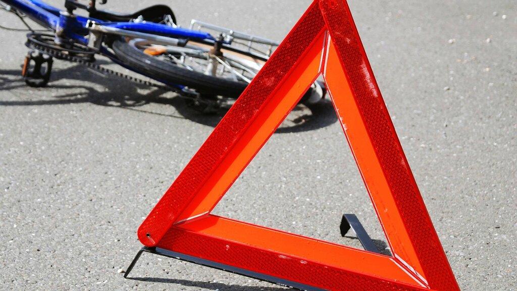 Назеленый свет по«зебре» тоже опасно: подростка вТюмени сбила машина