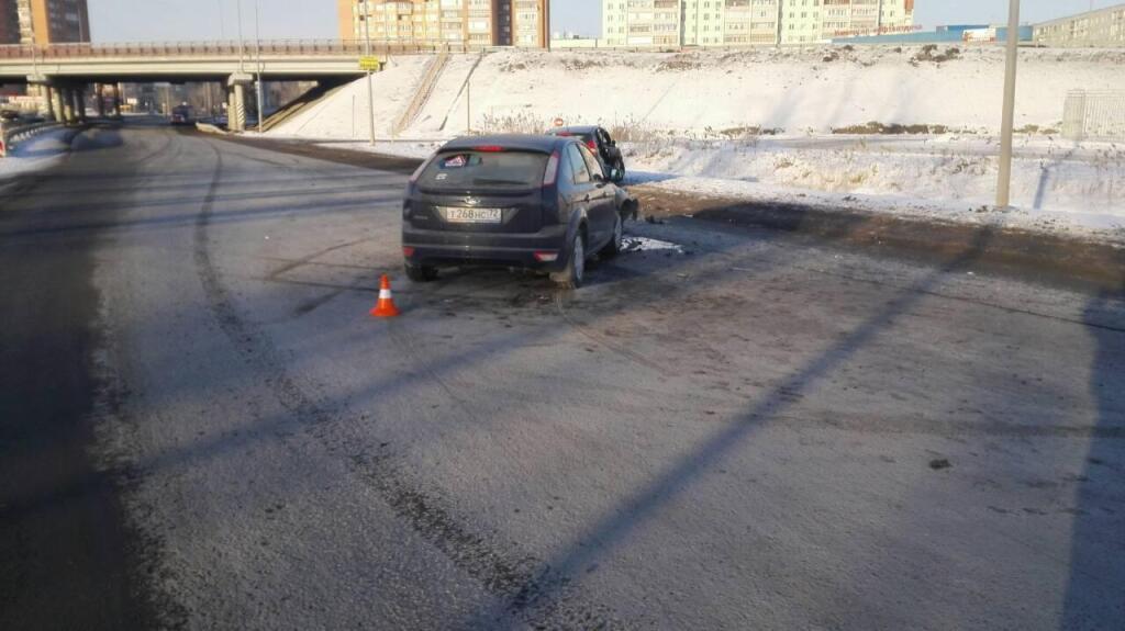 ДТП вНефтеюганском районе: шофёр легковушки умер