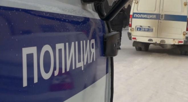ВТюмени подростки отдали телефоны под дулом пистолета