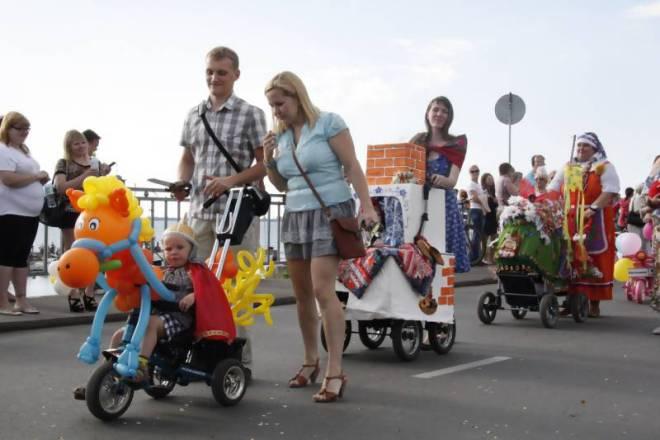 Тюнинг детских колясок своими руками 832