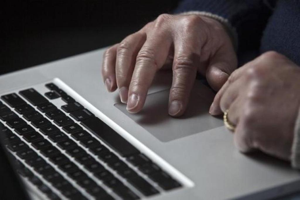 Юзеры интернет ресурса госуслуг получат скидки напошлины