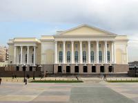 1. Тюменский драматический театр.  Новое здание тюменского драматического театра на площади 400-летия Тюмени было...